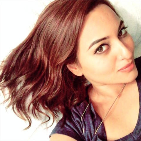 Sonakshi Hot Wallpapers