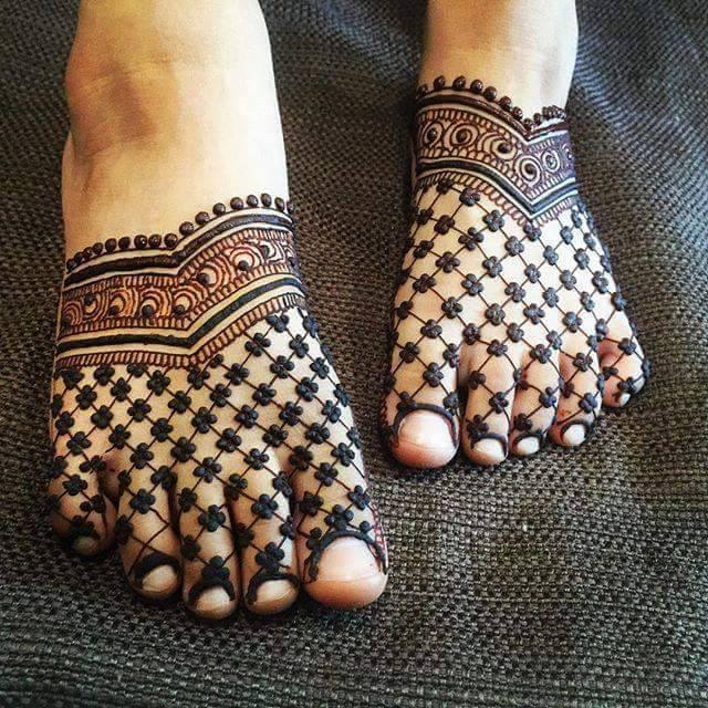 new-mehndi-desings-for-feet 2016