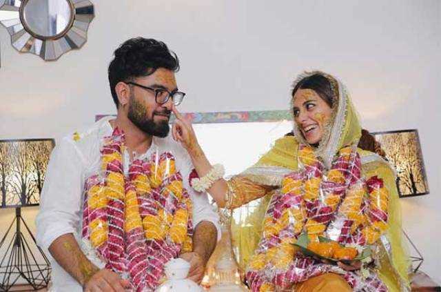 Actress Iqra Aziz with Yasir Hussain Marriage Pictures