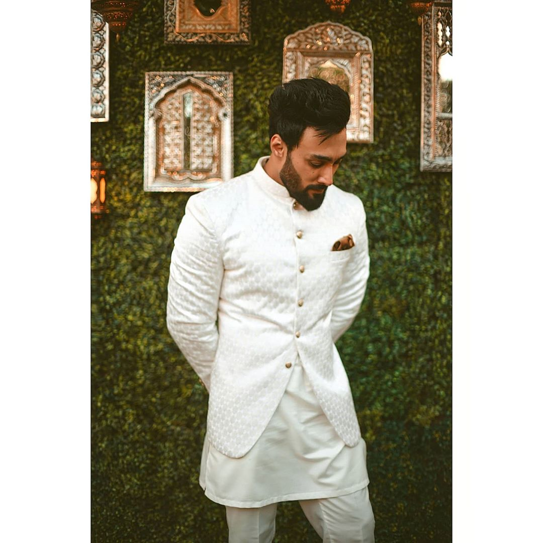 Sana Javed and Umair Jaswal Wedding image