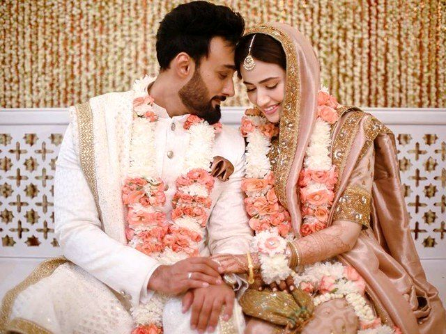 Leading singer Umair Jaswal and well-known drama actress Sana Javed